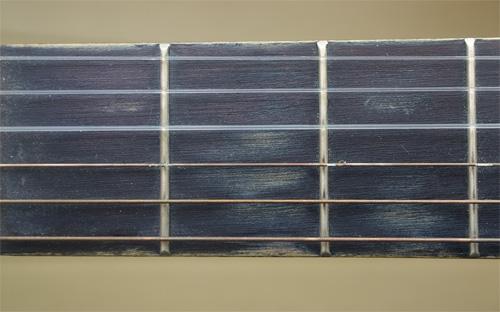 comment choisir une bonne guitare enfant petiteguitare. Black Bedroom Furniture Sets. Home Design Ideas