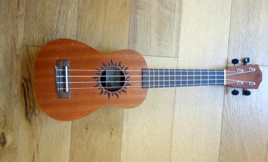 ukulele baton rouge v2 sun