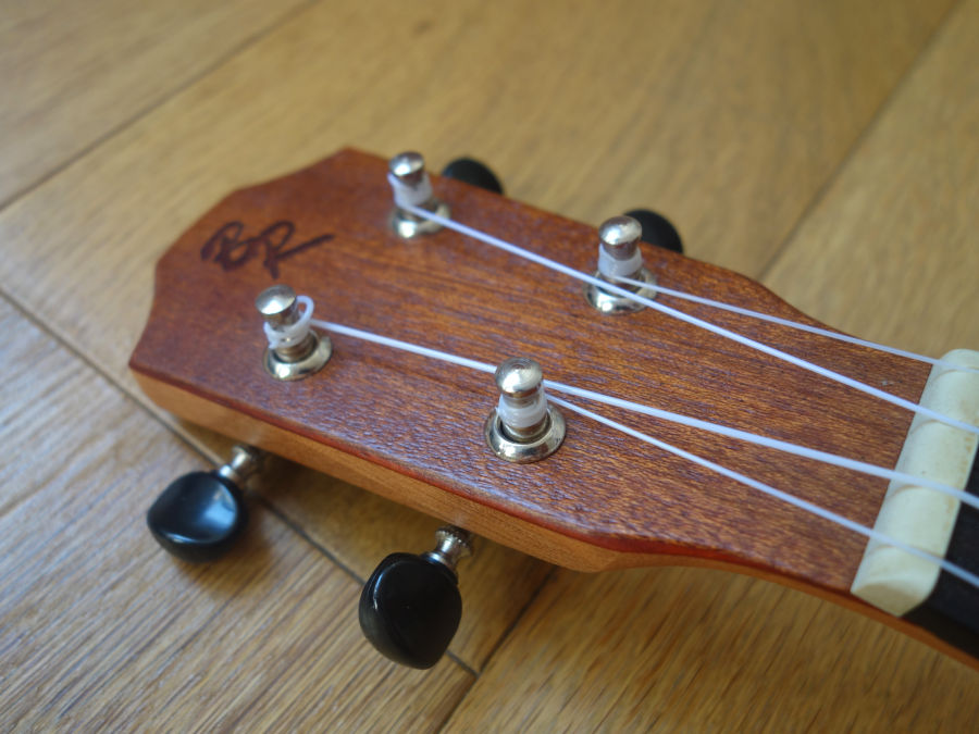 ukulele soprano tete